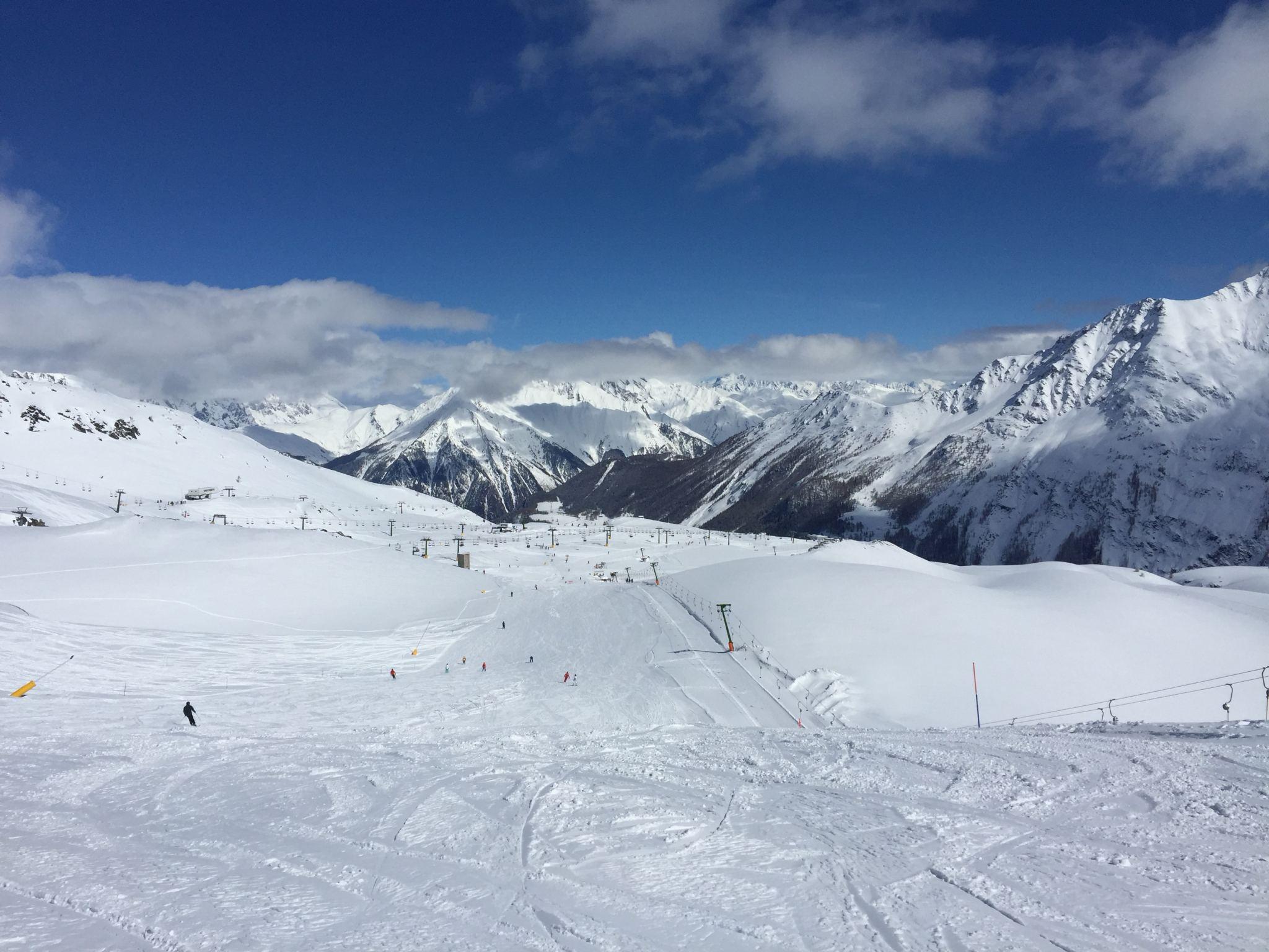 La Thuile Skiing