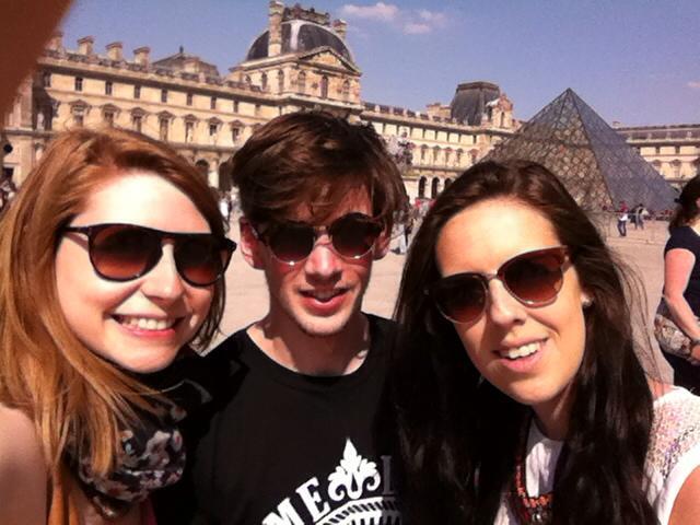 Louvre Paris BFF