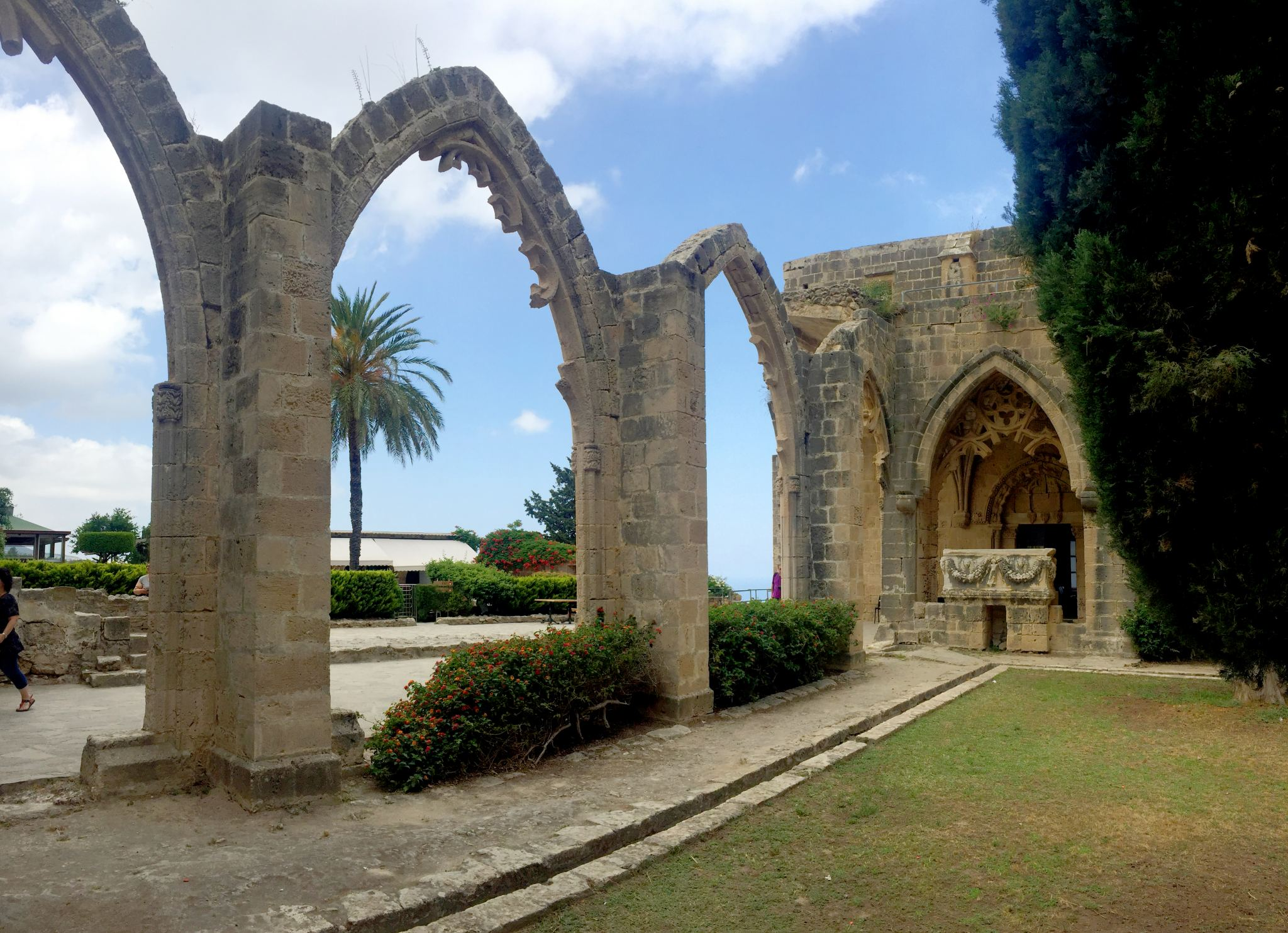 bellapais abbey arches