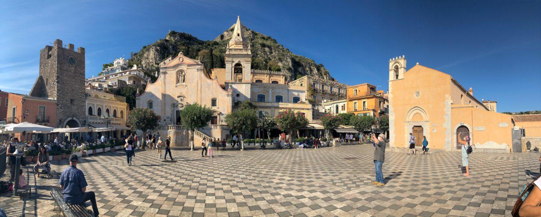 Piazza IX Aprile Taormina